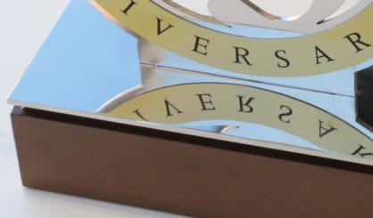 detalle-trofeos-corporativos-letramark