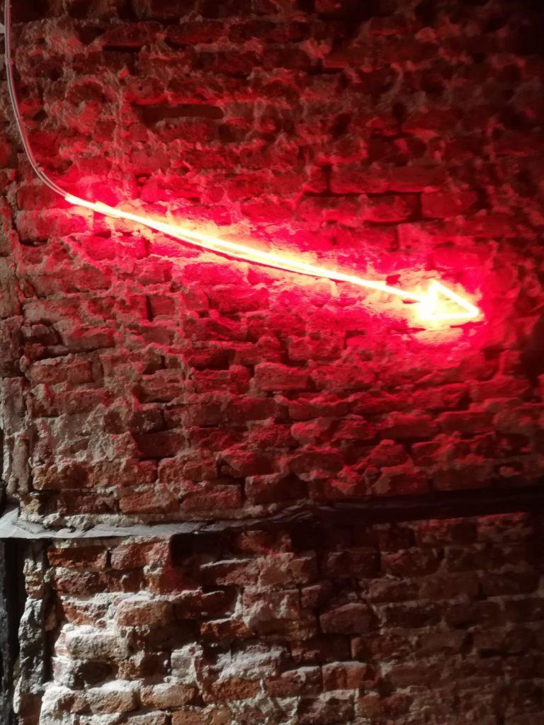 neon-flecha