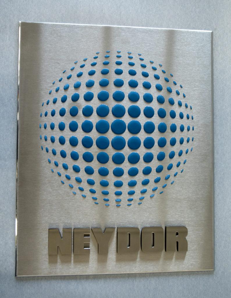 placas-corporativas-letramark